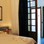 Chambre familiale spacieuse avec salle de bains attenante près de Palerme