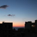 Tramonto viola veduta da terrazza